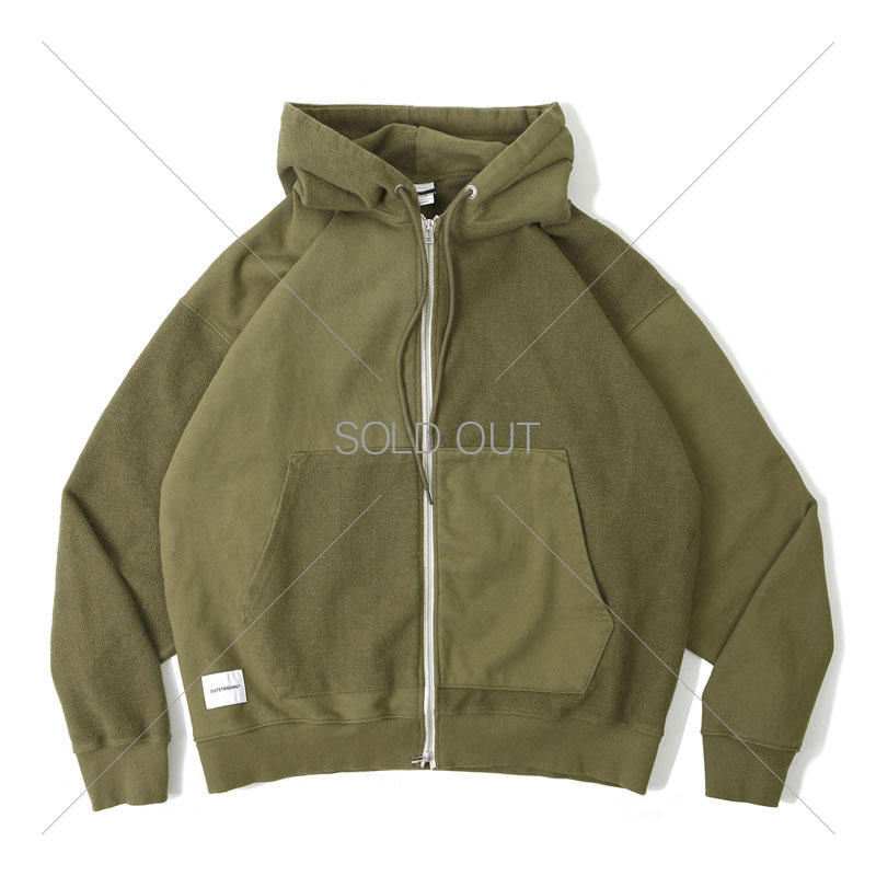 ZIP UP HOODIE PARKA [OLIVE GREEN] 아웃스탠딩 컴퍼니ZIP UP HOODIE PARKA [OLIVE GREEN]